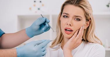 emergency dentistry Etobicoke - Li Family Dental
