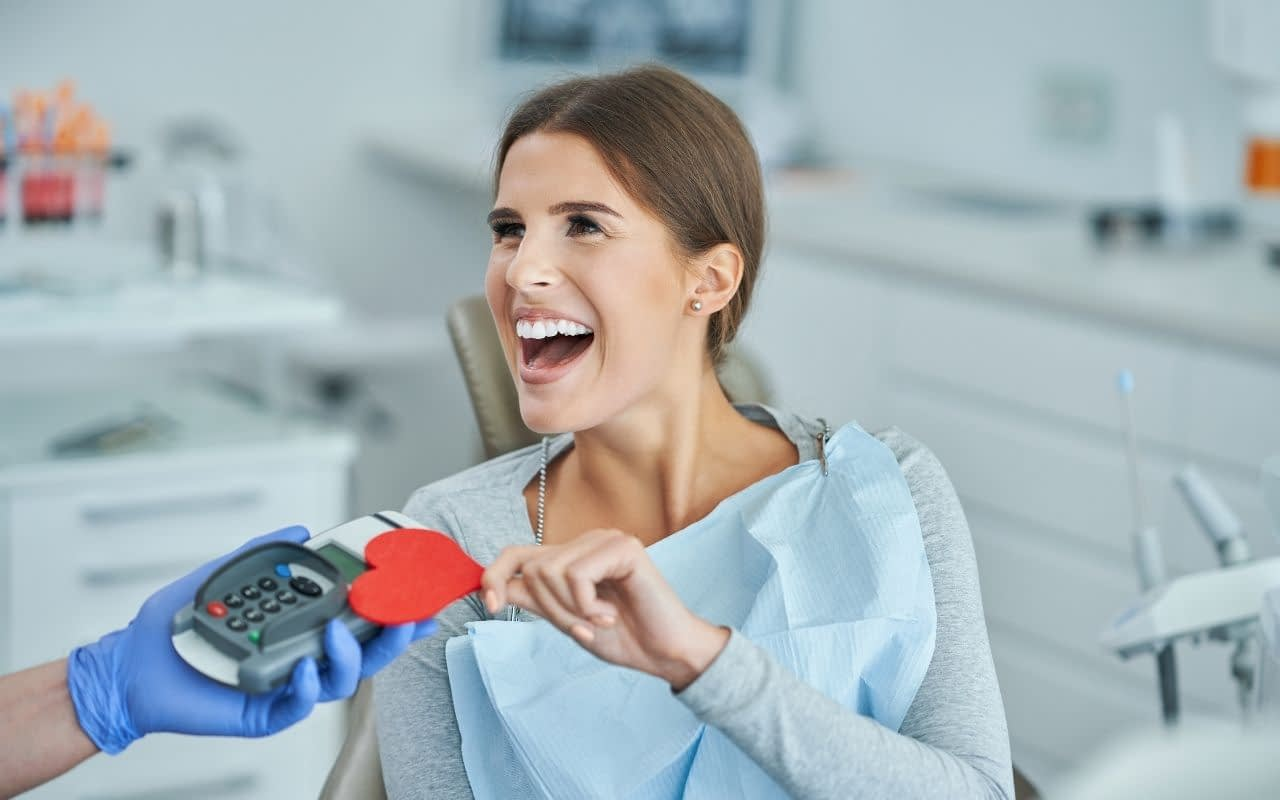 Myth-I-cant-afford-cosmetic-dentistry-Etobicoke-Dentist