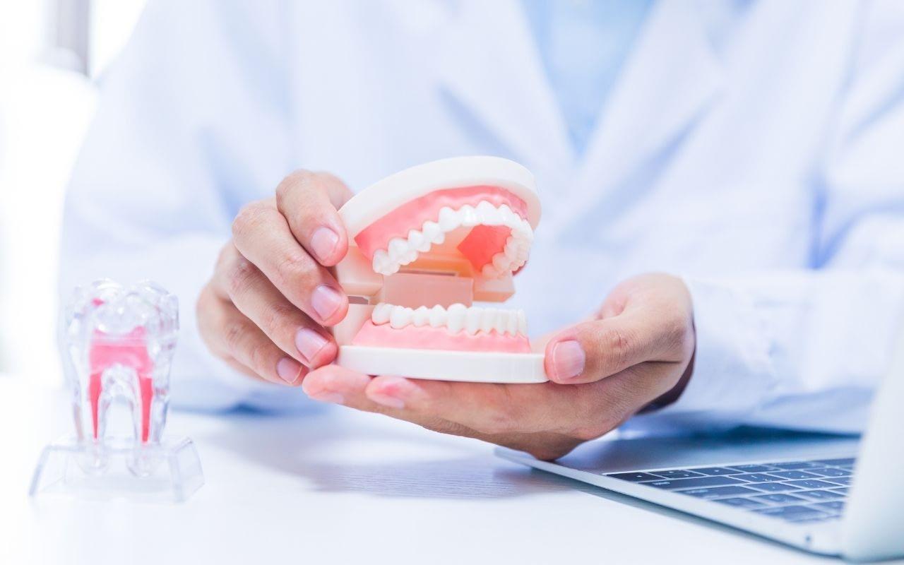 Myth-cosmetic-dentistry-is-bad-for-your-teeth-Etobicoke-Dentist
