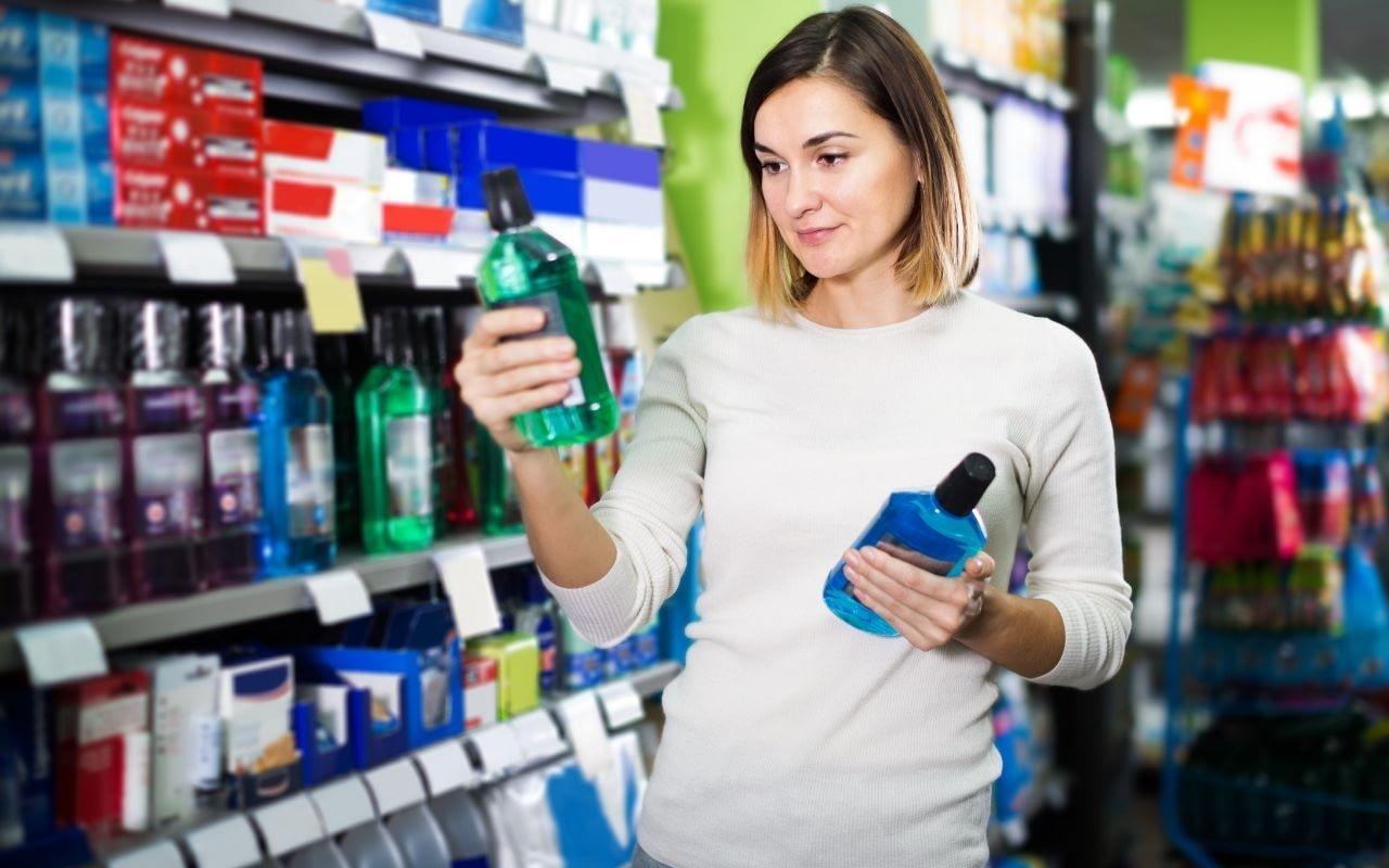 understanding-mouthwash-ingredients-Li-Family-Dental