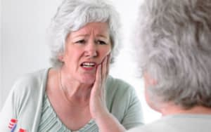 irritation-in-gums-and-mouth-denture-problems-Li-Family-Dental